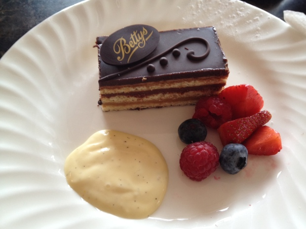 Bettys Gateau LOpera